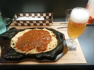 ミンチェッタ - 【2016.6.9(木)】鉄板ミートスパゲティ+生ビール
