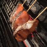 駿 - 塩鮭ハラス焼き