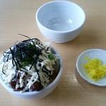 中華そば 田村 - 豚めし(小):300円+からしマヨネーズ(トッピング):50円
