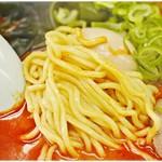ラーメンショップ - プニプニな麺。地獄ならガチムチの麺の方が合うかも。