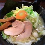 52077650 - 塩ラーメン+温野菜