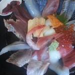 52079569 - 海鮮丼(1000円)