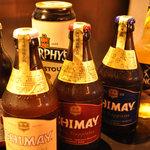 呑具里 - 海外のビールやお酒もたくさんご用意しています。