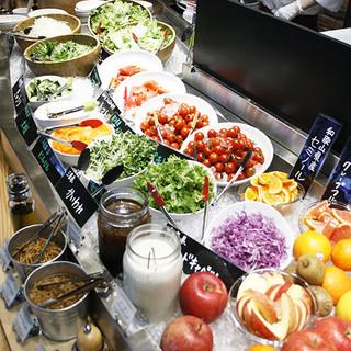 【ビュッフェ】元気野菜ビュッフェでバランスよく!