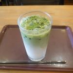 CAPRI - アイス抹茶ラテ ¥360-