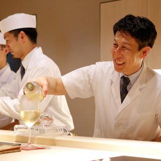 独自の感性で素材を生かした日本料理に新しい風を吹き込む調理人