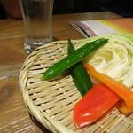 宮崎県日向市 塚田農場 - 2016年5月2日、2回目の訪問。・お通しは、宮崎の地野菜