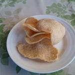 チョムパイ - 2016/06/10 12:00訪問:煎餅