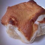 フラッグスベーカリー - チーズケーキ?のパイ