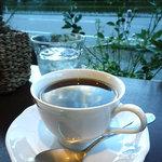 Cafe Mimpi - 有機コーヒー:430円