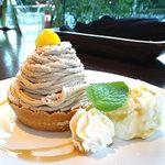 Cafe Mimpi - モンブラン(マロンアイス添え):580円