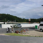 Cafe Restaurant Garden - 海岸線を自転車で走行中におしゃれなカフェを発見!