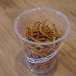 蕎麦DAYS - テイクアウト用のそばチップス・スパイス味200円