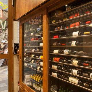 ワインの種類が豊富!グラスワインは赤5種!白5種!泡2種!