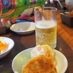招福門 - 餃子と青島ビール