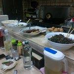 お食事 樹 - この日の大皿料理は4品。