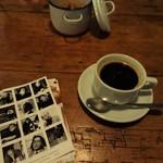アンチ・ヘブリンガン - コーヒー ここもapilcoのFLORA
