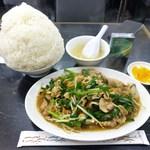 中国料理 登龍 - ニラ肉炒め定食(大盛)740円