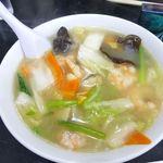 中国料理 登龍 - 海老そば(普通盛り)
