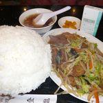 中国料理 登龍 - 肉野菜炒め定食(普通盛り)