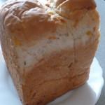 52111814 - 野菜食パン(みみ)