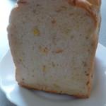 52111817 - 野菜食パン(前)