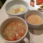 銀座グランドホテル - 【2016年04月】下から、スープ、とろろ、洋風のお粥。