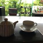 強羅天翠 - 清々しい緑を観ながらの食後のお茶