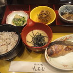 さんるーむ - 鮭の粕漬け御膳 1080円