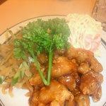 燕京 - 前菜三種(海老のポテサラとか)