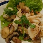 52120561 - ホタテ貝柱と小海老のとペペロンチーノ炒め