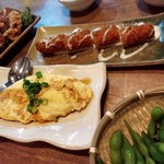 52122660 - 納豆オムレツ¥388-、鶏の唐揚げ¥453-、エビのぷりぷり¥453-