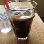 52124785 - アイスコーヒー。