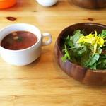 52124880 - おススメの生パスタセット 1.652円♪                       サラダ、スープ♪