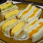 はまの屋パーラー - タマゴ & フルーツサンドイッチ