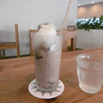 CAFE HAI - ココナツミルクとアズキのチェー