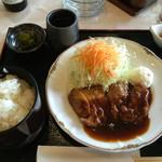 東海カントリークラブレストラン - 三洲豚の厚切りロースのトンテキ定食       2016年6月11日実食