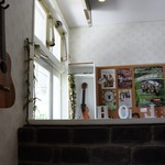 ウルラニ カフェ - 店内の雰囲気