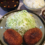 丸栄 - コロッケ定食