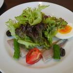 オーソレイユ クーシャン - 前菜 鰯のマリネ、ニース風サラダ