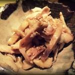 炭火焼鳥 縁 - とり皮ポン酢350円(?)