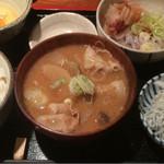 めしの助 - 豚汁定食(イカ納豆)