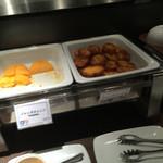 銀座グランドホテル - フレンチトースト 目玉焼き焼いてくれます