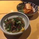 52147599 - 牛スジの煮込みに白菜キムチ