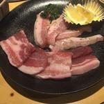 52147605 - 広島県産もみじ豚カルビ