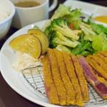 熟成牛かつ 銀座ぎゅう道 - カルビ牛かつ膳(120g)・季節の彩り野菜サラダ【2016年2月】