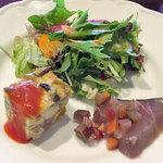 ボーン グランデ アリア - ランチの小さな前菜サラダ添え