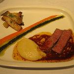 シャトン - 48℃で低温調理したお肉^^;