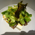52163679 - アボカドとマグロと豆腐のサラダ 納豆醤油