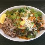 はなまるうどん - 料理写真:塩麹入り塩豚レモンサラダうどん+野菜増量